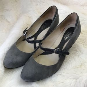 """Naturalizer Mary Jane suede 2"""" heels gray shoes"""